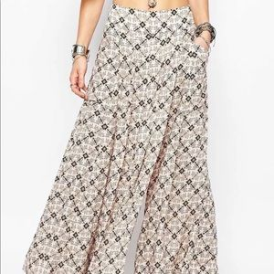 FREE PEOPLE SWEPT AWAY WIDE LEG PANTS CULOTTES XS
